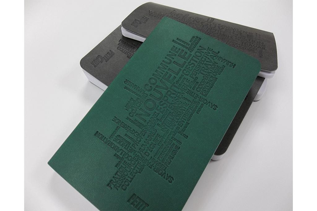 carnet-notes-toucher-peau-peche