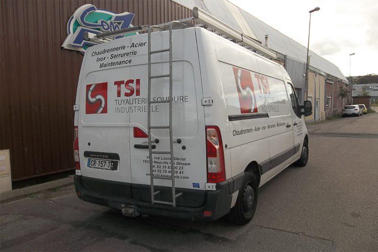 vehicule-lettrage-adhesif-TSI