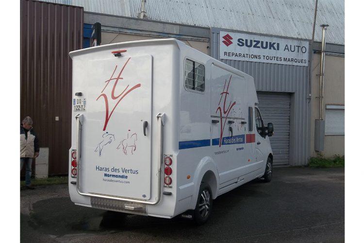 vehicule-lettrages-adhesifs-camion-chevaux-haras-vertus