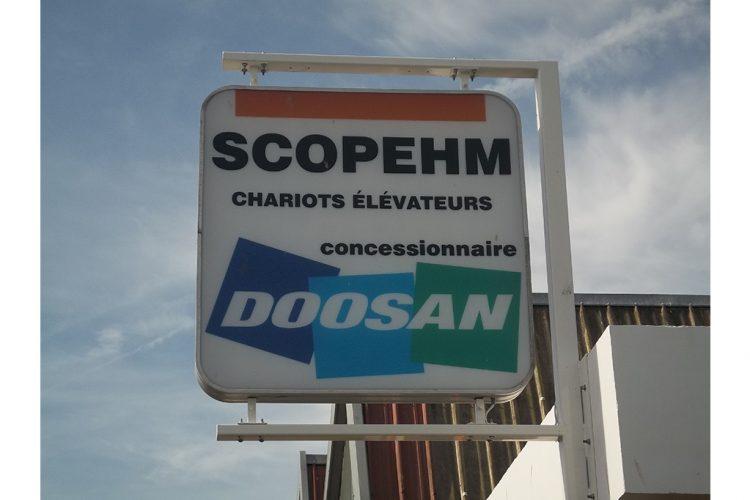 enseigne-drapeau-scopehm